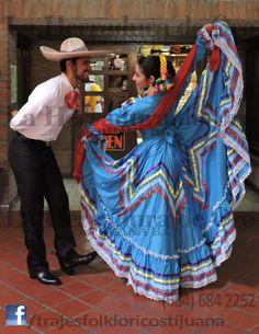 VENTA, RENTA y CONFECCIÓN de Traje tipico, regional o folklorico del estado de Jalisco