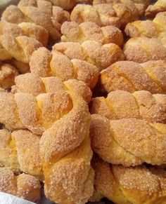 Greek Sweets, Greek Desserts, Greek Recipes, Sweet Buns, Sweet Pie, Cookie Recipes, Snack Recipes, Snacks, Greek Pastries