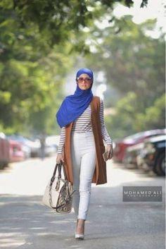 tan vest striped tee hijab- Summer hijab trends http://www.justtrendygirls.com/summer-hijab-trends/
