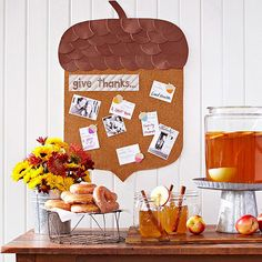 Get ready to celebrate fall with an acorn-shape corkboard that inspires you to give thanks: http://www.bhg.com/thanksgiving/crafts/simple-fall-crafts/?socsrc=bhgpin100114thankscorkboard&page=2