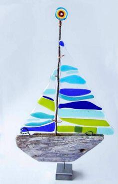 driftwood sailboat w/glass