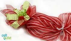 Deco Mesh Christmas Candy Wreath – Craft Outlet / inspiration Candy Cane Christmas Tree, Christmas Mesh Wreaths, Christmas Tree Toppers, Christmas Crafts, Holiday Candy, Christmas Mantels, Christmas Ornaments, Holiday Decor, Craft Outlet