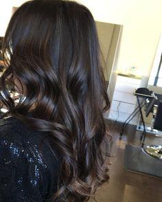 10 Ideas for Balayage on Straight Hair – Stylish Hairstyles Balayage Straight Hair, Brown Hair Balayage, Hair Highlights, Chocolate Highlights, Color Highlights, Box Braids Hairstyles, Straight Hairstyles, Men's Hairstyle, Formal Hairstyles