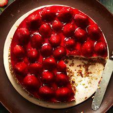 Retro Strawberries-and-Cream Pretzel Tart
