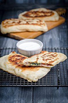 Zobacz, jakie 18 pomysłów jest teraz na czasie na . Good Food, Yummy Food, Turkish Recipes, Snacks, Food Design, Food Photo, Food Inspiration, Appetizer Recipes, Food To Make