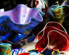 Image from http://images.fineartamerica.com/images-medium-large/hand-blown-glass-5-scott-hovind.jpg.