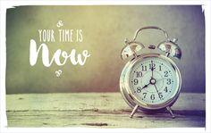 Die Zeit, um glücklich zu sein. Die Zeit,es endlich anzugehen. Die Zeit, in deralles möglich ist. Diese Zeit ist genau jetzt!Lebe deinen Traum!