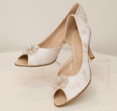 7 Best Brautschuhe Ivory Weiss Creme Images On Pinterest Brooches