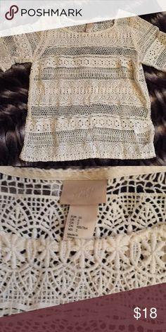 H&M size 2 top worn once H&M' size 2 top worn once Tops