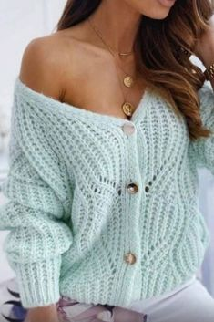 Crochet Square Patterns, Crochet Stitches Patterns, Mohair Sweater, Knitted Poncho, Crochet Crafts, Knit Crochet, Crochet Buttons, Vogue Knitting, Knit Fashion