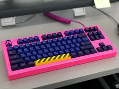 It's Pink Keyboard Friday! Best Gaming Setup, Gaming Room Setup, Pc Setup, Office Setup, Desk Setup, Computer Gaming Room, Computer Setup, Computer Keyboard, Bedroom Decor
