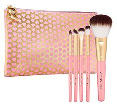 awesome Too Faced brush set  http://rstyle.me/n/enidkpdpe