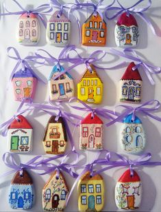 """marturii """"Casa de piatra!"""" Christmas Crafts, Christmas Ornaments, Rock Crafts, Little Houses, Projects To Try, Clay, Invitations, Holiday Decor, Rocks"""