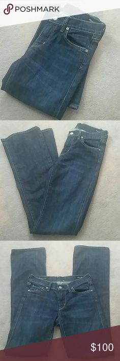 """NWOT Citizens of Humanity Amber sz 24 Brand new, no tags, never worn Size 24 from a smoke and pet free home  Amber Stretch High Rise Bootcut #263 These feel like they are probably super comfortable to wear! Approx Measurements :  Waist 13"""" Rise 8.5"""" Inseam 34"""" Citizens of Humanity Jeans Boot Cut"""