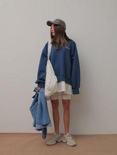 Look Fashion, Womens Fashion, Neutral Outfit, Korea Fashion, Stylenanda, Active Wear, Rain Jacket, Windbreaker, Dress Up