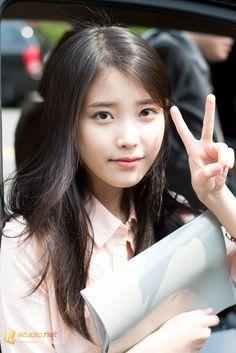 아시아의 아름다움 Coffin Nails coffin nails with glitter Cute Korean Girl, Asian Girl, Korean Beauty, Asian Beauty, Park Bo Young, Pretty Asian, Iu Fashion, Girl Crushes, Celebs