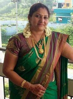 Beautiful Women Over 40, Beautiful Women Pictures, Beautiful Girl Indian, Most Beautiful Indian Actress, Beautiful Saree, Beautiful Ladies, Beautiful Roses, Indian Natural Beauty, Indian Beauty Saree