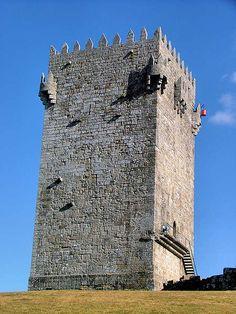 Torre de menagem do castelo de Montalegre