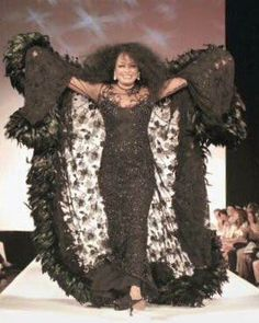 needtoknow 9 halloween costumes that are all about the hair hairstyles pinterest halloween costumes diana ross and costumes