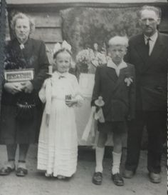 Władysław i Franciszka Lejk z Jadwigą i Kazimierzem,rok 1961