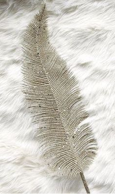 glitter feather :: love!