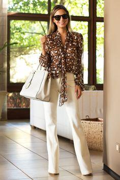 Look Reunião de Luisa Accorsi - Camisa: DVF | Calça: Ateliê de Calças | Bolsa: Fendi | Aneis: Francesca Romana