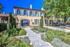 This month, there has been a rash of blog stories about a newly restored house in Provence. Of course the house is right up my alley, it's...