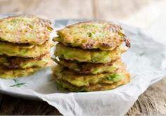 Cartofi crocanți în crustă de mălai - Rețete Merișor Pancakes, Breakfast, Food, Morning Coffee, Essen, Pancake, Meals, Yemek, Eten