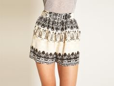 Aaron Ashe Printed Shorts :) A bit of pattern :] want these!