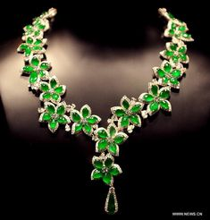 An emerald necklace is exhibited during the 30th Hong Kong International Jewellery Show in Hong Kong, south China, March 8, 2013.