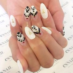 Japanese Nail Trends; Tribal (Native American style) nailvia es nail