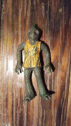 Sleestack Rare Jiggler toy Ben Cooper 1975 Krofft Land Of The Lost Enik Land Of The Lost, Monster Art, Lonely, Vibrant, Arms, Buy And Sell, Toy, Handmade, Stuff To Buy