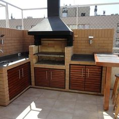 Outdoor Kitchen Patio, Outdoor Kitchen Design, Outdoor Decor, Barbecue Design, Barbecue Grill, Parrilla Exterior, Bbq Places, Yellow Front Doors, Building Foundation