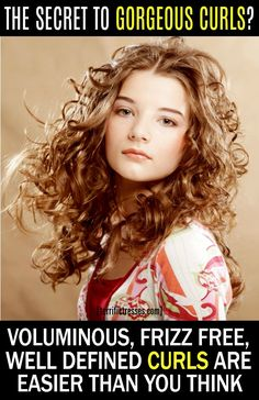 Underrated by some, defining gel for curly hair can make all the difference in your style. Curly Hair Routine, Curly Hair Tips, Hair Care Tips, Wavy Hair, Curly Hair Styles, Natural Hair Styles, Frizz Free Hair, Hair Frizz, Curls Without Heat