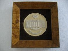 The White House Wedgwood Collector Society England Medallion Icon