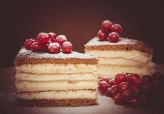 Gluten Free Gingerbread Crust Recipe - https://glutenfreerecipebox.com/gluten-free-gingerbread-crust/ #glutenfree #gingerbread #dessert #cheesecake #dairyfree