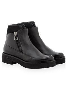 Nursace B53833 FRS+MERINO BOT SİYAH Mens Boots Fashion, Fashion Shoes, Womens Fashion, Your Shoes, Men's Shoes, Fall Shoes, Sports Women, Tabata, Fall Winter