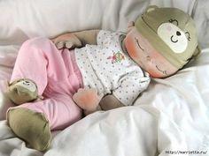 muñeco de tela bebe durmiendo