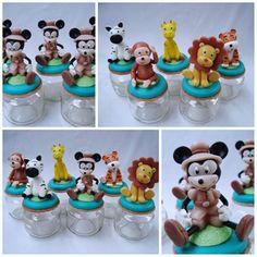 Lembrancinha e topo de bolo - Biscuit Making Of : Lembrancinhas Mickey Safari - Barbara Cristina