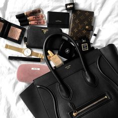 See related links to what you are looking for. Celine Nano Bag, Celine Trapeze Bag, Purse Essentials, Beauty Essentials, Celine Mini Luggage, Inside My Bag, What's In My Purse, Sacs Design, What In My Bag