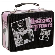 Breakfast At Tiffany's Audrey Hepburn Large Metal Tin Lunch Box Gifts Toys Tin Lunch Boxes, Vintage Lunch Boxes, Metal Lunch Box, Tin Boxes, Lunch Bags, Vintage Tins, Vintage Stuff, Retro Vintage, Breakfast At Tiffany's Movie