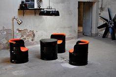 Desain sofa unik dari drum bekas ~ Teknologi Konstruksi Arsitektur