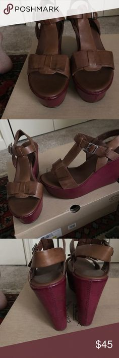 """Kork ease Dixie 7 Tan & burgundy Kork Ease sandal size 7. 4 1/2"""" heel with a 2"""" platform. Very comfortable and in excellent condition. kork ease Shoes Sandals"""