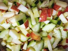 Cinsarah: Refreshing Cucumber & Apple Salad