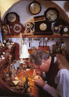 Can we do a clockmaker workshop? Clock Shop, Diy Clock, Unusual Clocks, Clock Repair, Old Clocks, Cuckoo Clocks, Workshop, Go Game, Cool Watches