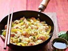 Wok-Nudeln mit Pfeffer-Shrimps