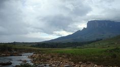 La gran sabana, Venezuela    Senderismo, hiking, naturaleza exótica. Único en el mundo. Hay que verlo