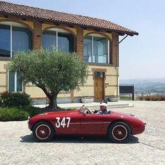 "• ""La Classica"", Pretty Much ltaly in just one pic. Ermini 1100 Sport ""Motto"" #347 • laclassica.carandvintage.it By @dinamismo.it  Thank you for the cars @classic_car_charter #CarVintage #LaClassica  #italy #lamorra #ermini #ferrari #mercedesbenz #porsche #bmw #bugatti #carporn #vintage #firstpost #elegance #lux #luxury #luxurycar #luxurylife #f4f #fashion #cars #londoncars #blacklist #newyork #autoporn #automotive #instacar #follow #cool"