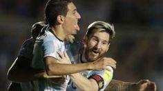 Image copyright                  AP                  Image caption                                      Lionel Messi anotó un gol y asistió a sus compañeros para la victoria sobre Colombia.                                Argentina resucita, Ecuador golea y Chile sigue en la lucha en la jornada 12 de las eliminatorias mundialistas rumbo a Rusia 2018. En un par