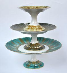 Collection Panache, pieds ronds en couleur. Marie Daage porcelaine de Limoges peinte à la main